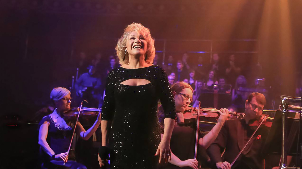 Elaine Paige - photo credit Christie Goodwin - 11/19