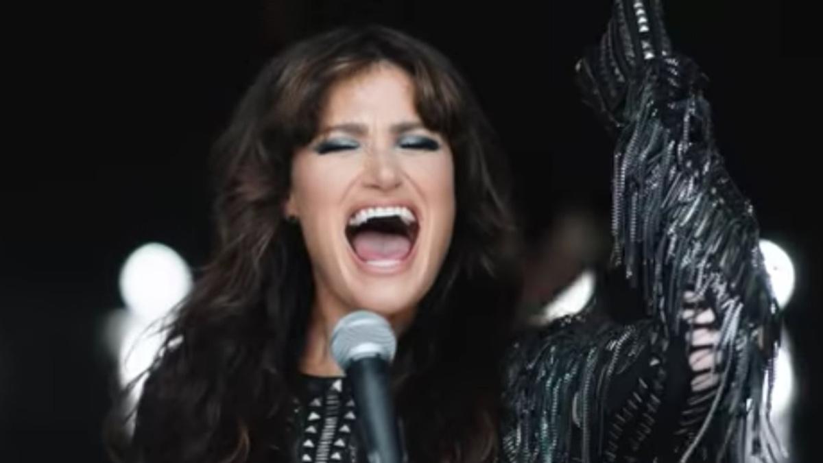 WI - Idina Menzel - Dream Girl Music Video - Cinderella - 9/21